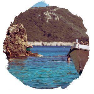 viaggi-giovani-corfu-viaggi-universitar-paradise-beach-paleokastritsa
