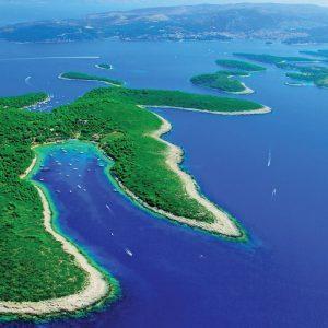 vacanze in barca a vela sailing croazia pakleni