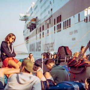 Il Viaggio in Nave a Corfù